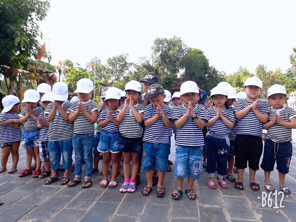 Các bé tham quan Chùa Cổ Lâm 2018