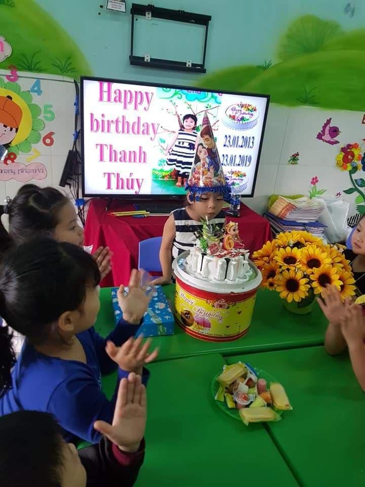 Sinh nhật bé Thanh Thúy