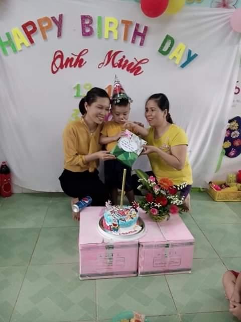 Sinh nhật bé Anh Minh lớp Bé 1